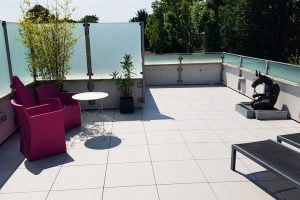 Refresh Outdoors Spaces with Porcelain Tiles